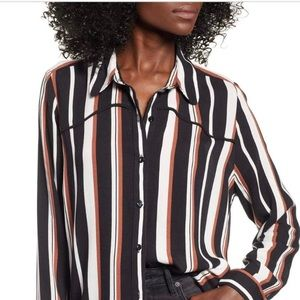 Chic Piping Blouse